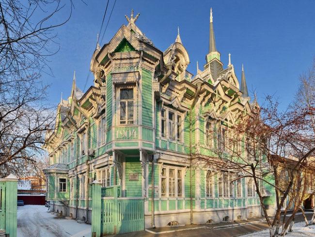 ул. Белинского, 19 — Изумрудный дом