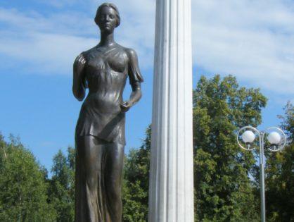 Памятник Святой Татьяне и студенчеству Томска