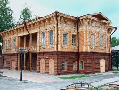 Выставка акварелей Евгении Кульковой открылась в Доме искусств